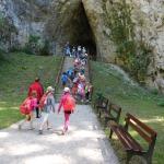 před Kateřinskou jeskyni