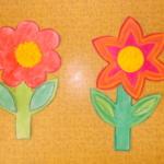 plastický květ 025