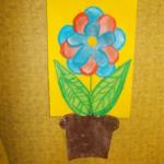 plastický květ 028